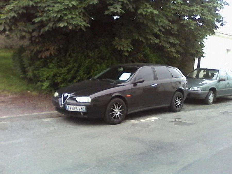 alfa romeo 156 sportwagon 2 5 v6 break noir occasion 3 500 212 000 km vente de voiture d. Black Bedroom Furniture Sets. Home Design Ideas