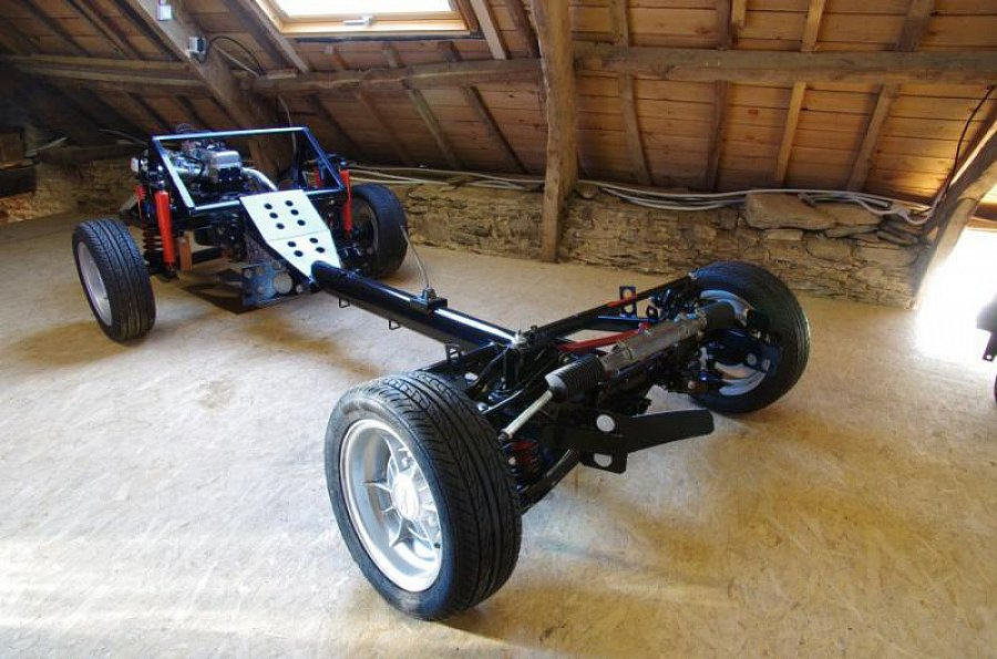 alpine a110 1300 g chassis moteur neufs boite revisee noir occasion 28 500 10 km vente. Black Bedroom Furniture Sets. Home Design Ideas