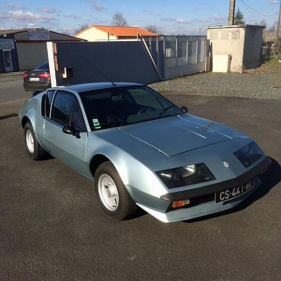 alpine a310 v6 coup bleu clair occasion 33 000 3 000 km vente de voiture d 39 occasion. Black Bedroom Furniture Sets. Home Design Ideas