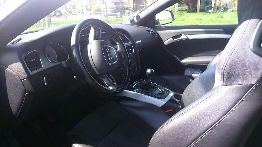 audi s5 i 4 2 fsi v8 quattro 354 ch coup noir occasion 23 000 137 000 km vente de. Black Bedroom Furniture Sets. Home Design Ideas
