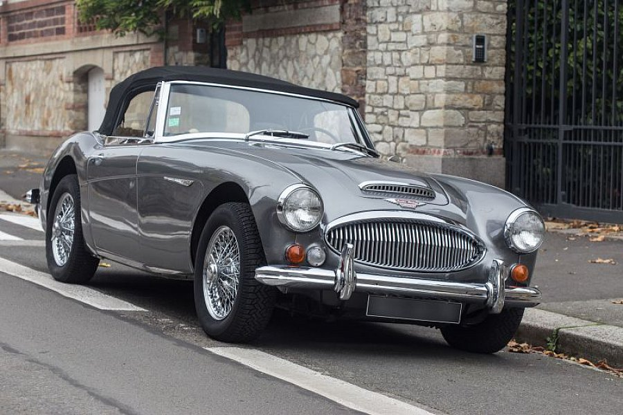 austin healey 3000 mk3 bj8 cabriolet gris occasion 70 000 25 696 km vente de voiture d. Black Bedroom Furniture Sets. Home Design Ideas
