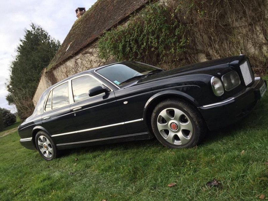 bentley arnage red label 6 75 l berline bleu fonc. Black Bedroom Furniture Sets. Home Design Ideas