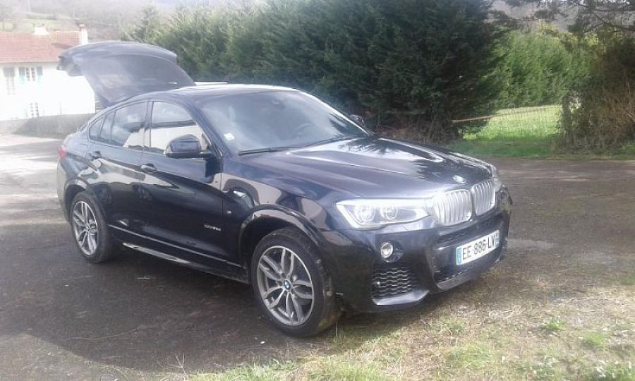 bmw x4 f26 xdrive30d m suv bleu occasion 64 500 20 000 km vente de voiture d 39 occasion. Black Bedroom Furniture Sets. Home Design Ideas