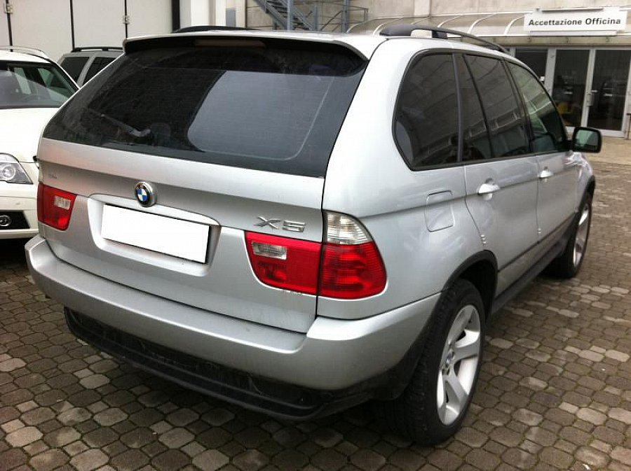 bmw x5 break gris occasion 14 500 147 000 km vente de voiture d 39 occasion motorlegend. Black Bedroom Furniture Sets. Home Design Ideas