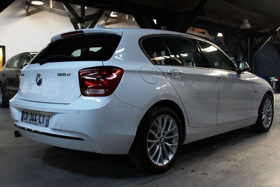 bmw serie 1 f20 5 portes 120d 184 ch xdrive sport berline blanc occasion 20 890 61 500 km. Black Bedroom Furniture Sets. Home Design Ideas