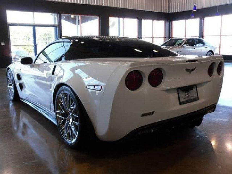 chevrolet corvette zr1 6 2 647ch coup blanc occasion 129 000 10 km vente de voiture d. Black Bedroom Furniture Sets. Home Design Ideas