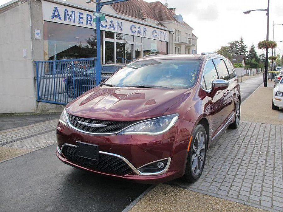 CHRYSLER PACIFICA V6 3.6 287 ch monospace occasion - 80 900 €, 500 km