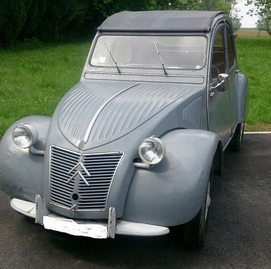 citroen 2 cv type az berline gris occasion 7 500 63 000 km vente de voiture d 39 occasion. Black Bedroom Furniture Sets. Home Design Ideas