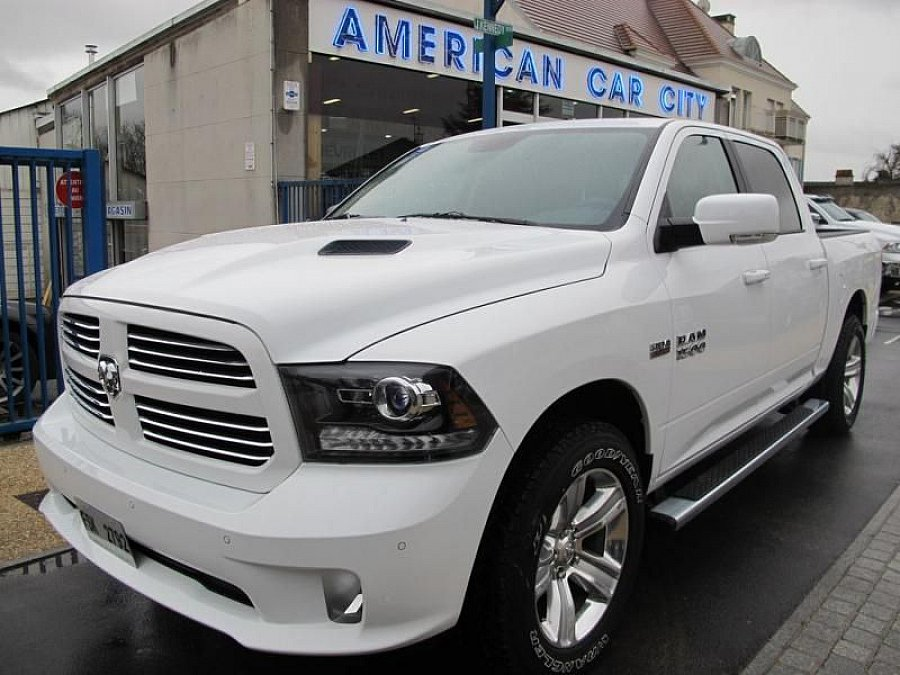 dodge ram 1500 crew sport air suspensions 4x4 blanc. Black Bedroom Furniture Sets. Home Design Ideas