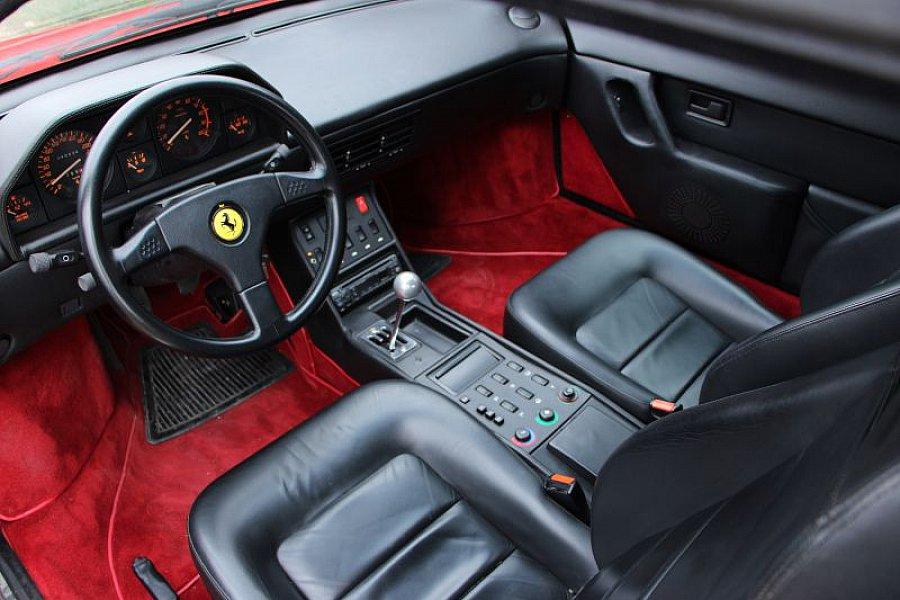 ferrari mondial t coup rouge occasion 0 40 450 km vente de voiture d 39 occasion. Black Bedroom Furniture Sets. Home Design Ideas