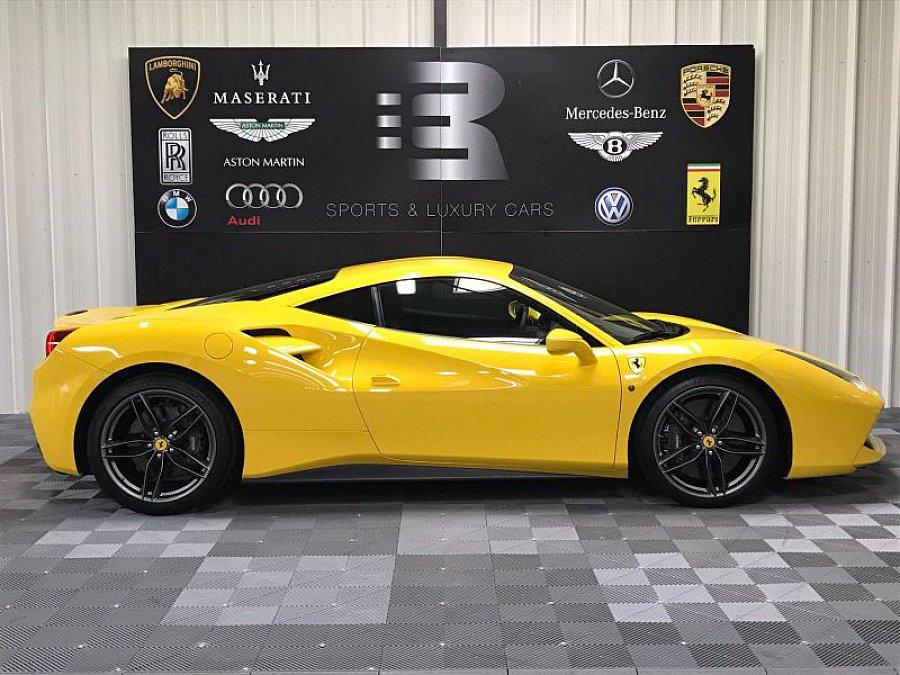 ferrari 488 gtb coup jaune occasion 229 900 8 500 km vente de voiture d 39 occasion. Black Bedroom Furniture Sets. Home Design Ideas