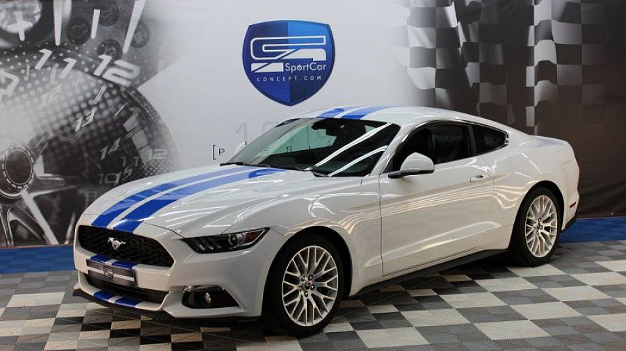 ford mustang vi 2015 ecoboost 2 3 317 ch coup blanc occasion 39 900 7 800 km vente de. Black Bedroom Furniture Sets. Home Design Ideas