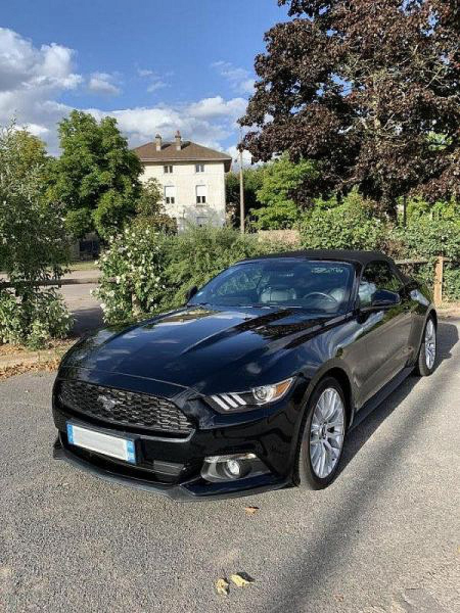 FORD MUSTANG VI (2015) EcoBoost 2.3 317 ch Premium cabriolet Noir occasion - 44 900 €, 21 500 km