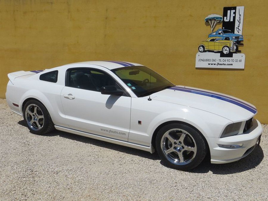 ford mustang v 2005 14 serie 1 roush stage 1 coup occasion 32 000 73 000 km vente de. Black Bedroom Furniture Sets. Home Design Ideas