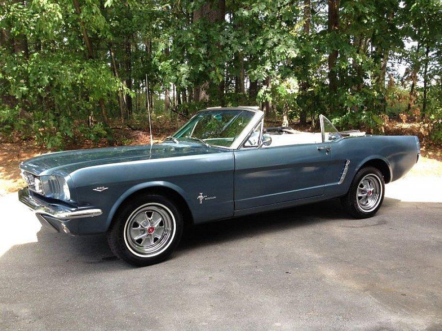 ford mustang i 1964 73 4 7l v8 289 ci cabriolet bleu occasion 28 610 50 000 km vente. Black Bedroom Furniture Sets. Home Design Ideas