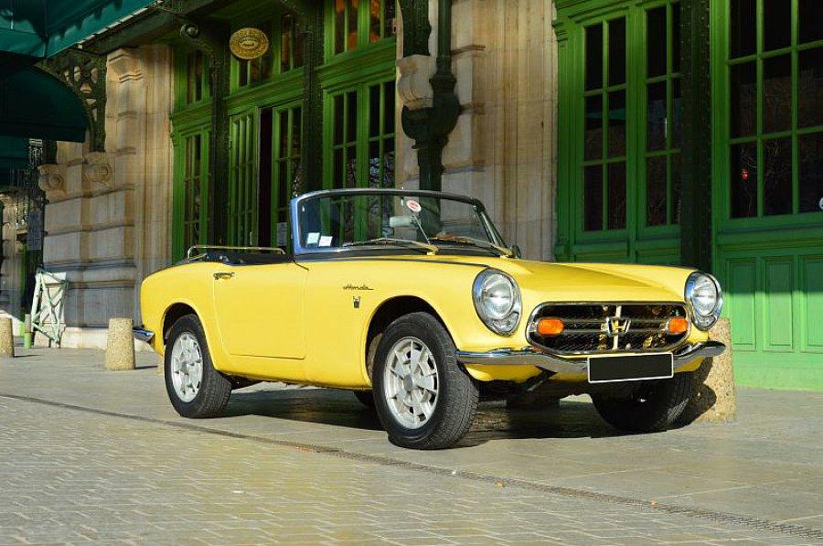 honda s800 78 ch cabriolet jaune clair occasion 0 31 824 km vente de voiture d 39 occasion. Black Bedroom Furniture Sets. Home Design Ideas