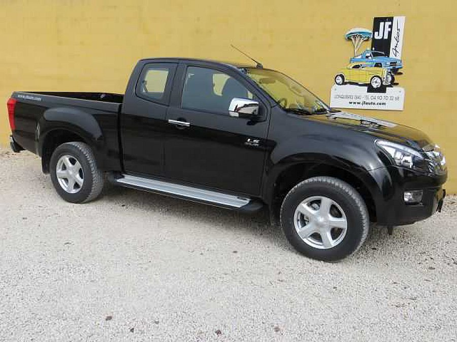 isuzu d max pick up noir occasion 27 200 12 km. Black Bedroom Furniture Sets. Home Design Ideas
