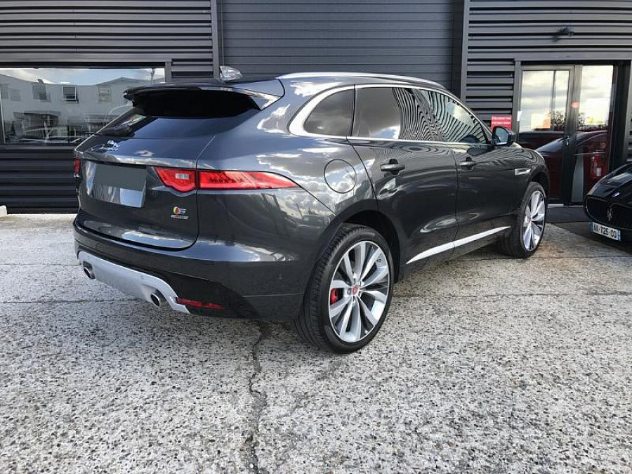 jaguar f pace s v6 300 ch suv gris fonc occasion. Black Bedroom Furniture Sets. Home Design Ideas
