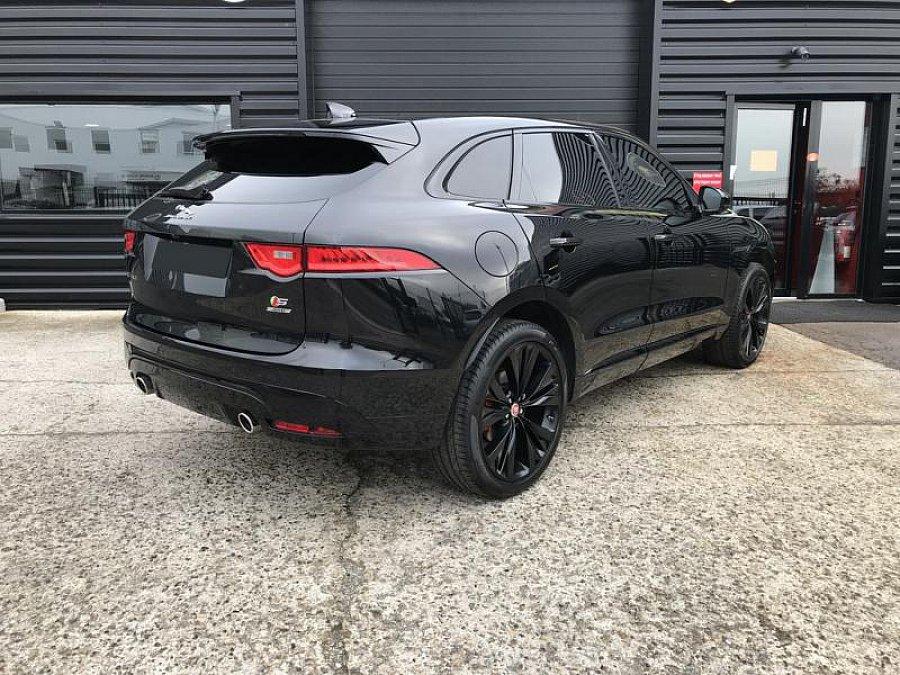 jaguar f pace s v6 300 ch suv noir occasion 64 000 40 200 km vente de voiture d. Black Bedroom Furniture Sets. Home Design Ideas