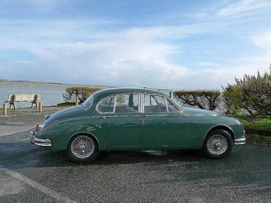 jaguar mark 2 3 8 berline vert occasion 39 000 92 600 km vente de voiture d 39 occasion. Black Bedroom Furniture Sets. Home Design Ideas