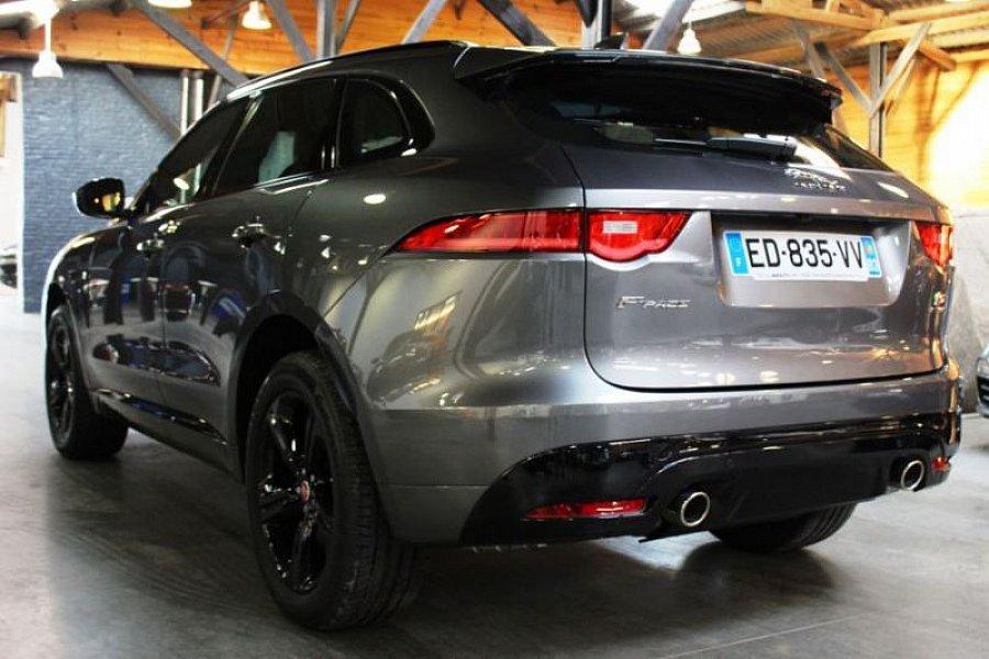 jaguar f pace s v6 300 ch suv gris fonc occasion 86 800 2 450 km vente de voiture. Black Bedroom Furniture Sets. Home Design Ideas