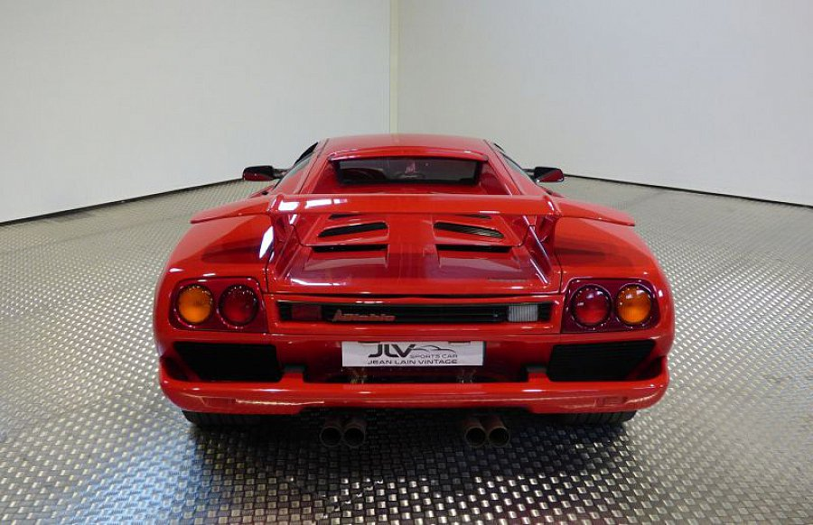 lamborghini diablo v12 5 7 492ch coup rouge occasion 199 000 23 500 km vente de voiture. Black Bedroom Furniture Sets. Home Design Ideas