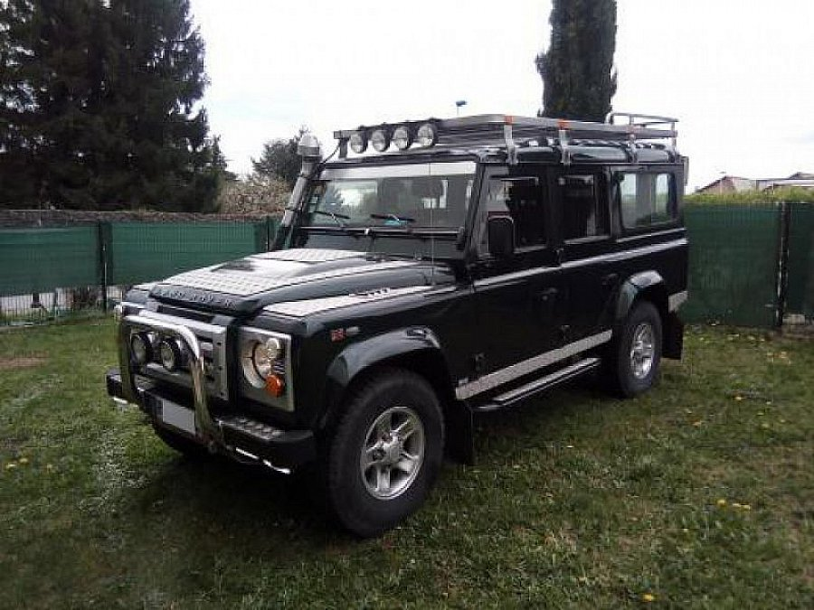 land rover defender iv 110 station wagon 4x4 vert fonc occasion 49 000 62 400 km vente. Black Bedroom Furniture Sets. Home Design Ideas