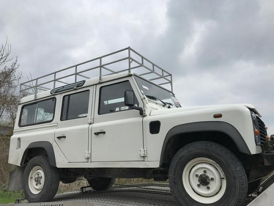 land rover defender iv 110 station wagon 4x4 blanc occasion 19 400 116 400 km vente de. Black Bedroom Furniture Sets. Home Design Ideas