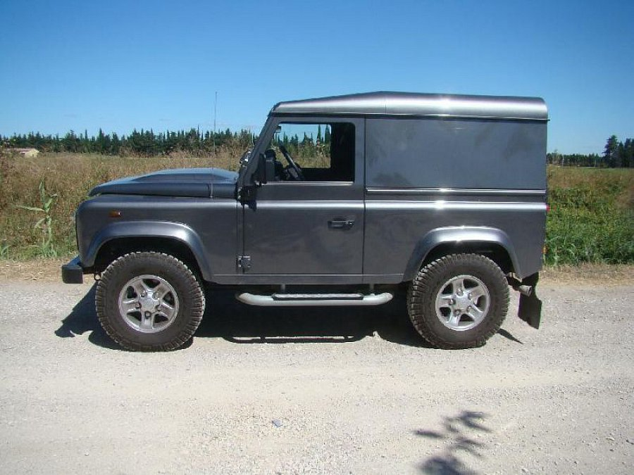 LAND ROVER DEFENDER IV 90 Hard Top 4x4 Gris foncé occasion - 33 500 €, 12 000 km