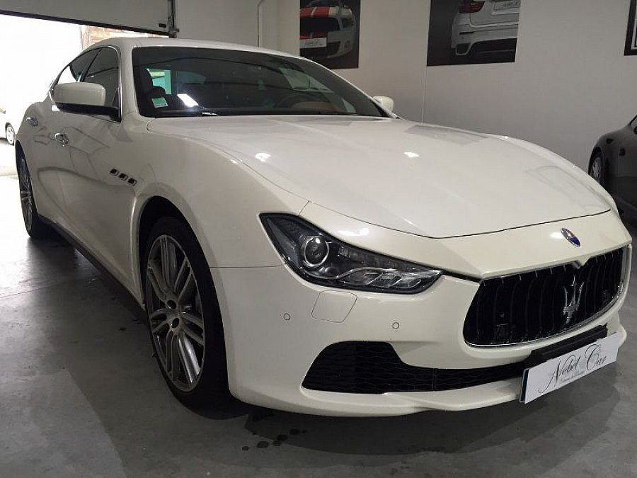 maserati ghibli iii d275 berline occasion 63 900 38 000 km vente de voiture d 39 occasion. Black Bedroom Furniture Sets. Home Design Ideas