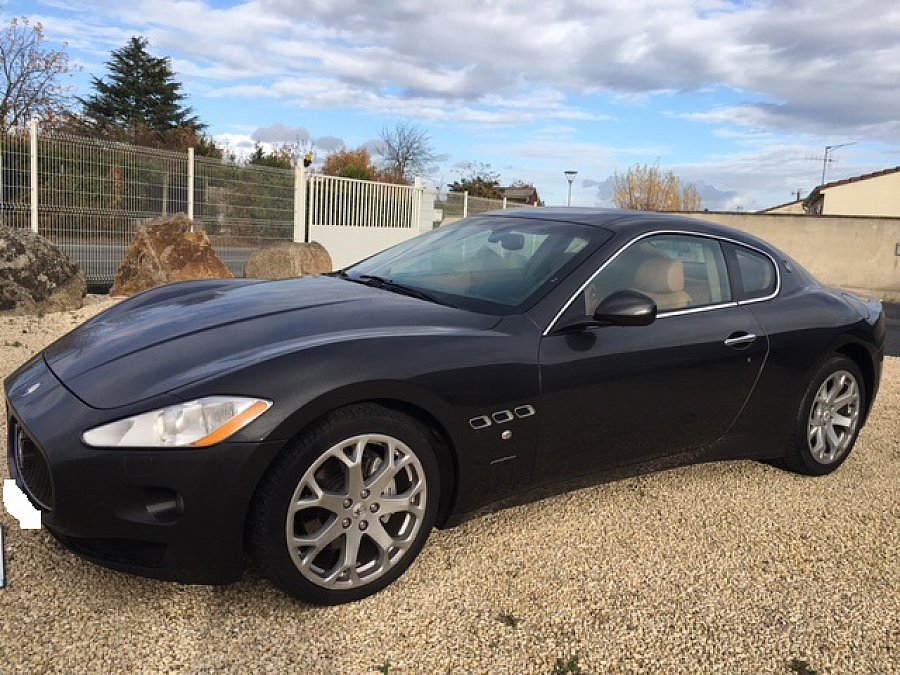 maserati granturismo 4 2l v8 405ch coup gris fonc occasion 49 900 91 400 km vente de. Black Bedroom Furniture Sets. Home Design Ideas