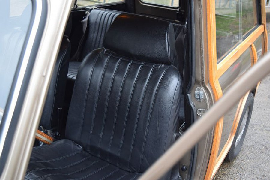 mini classique minor traveller break occasion 0 52 172 km vente de voiture d 39 occasion. Black Bedroom Furniture Sets. Home Design Ideas