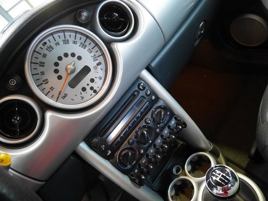 mini cabriolet r52 cooper cabriolet violet occasion 7 990 132 400 km vente de voiture d. Black Bedroom Furniture Sets. Home Design Ideas