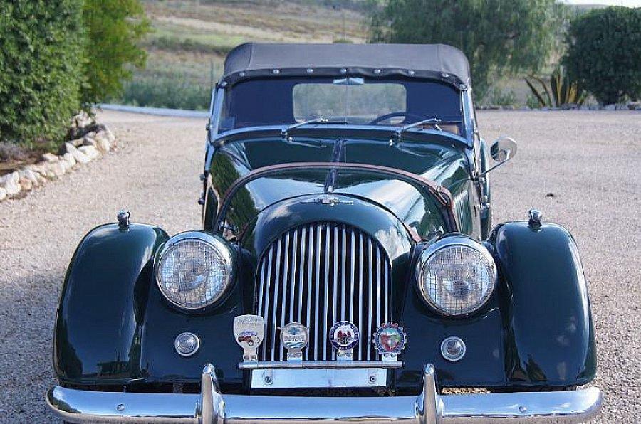 morgan 4 4 1600 cabriolet vert occasion 40 000 23 000 km vente de voiture d 39 occasion. Black Bedroom Furniture Sets. Home Design Ideas