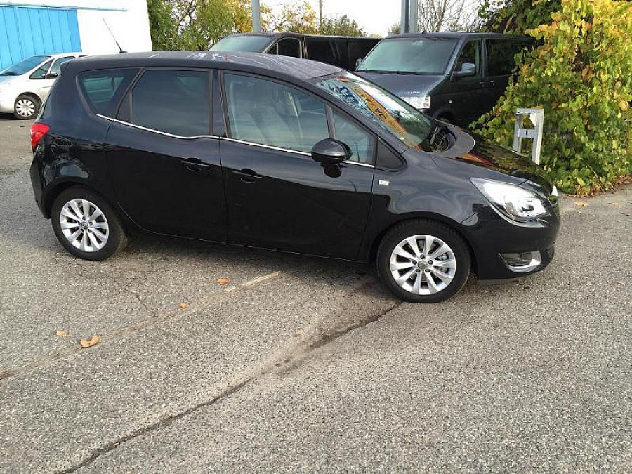opel meriva monospace noir occasion 14 500 22 000 km vente de voiture d 39 occasion. Black Bedroom Furniture Sets. Home Design Ideas