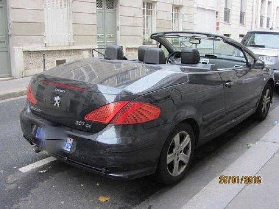 peugeot 307 cc 2 0 16v 138 ch coup cabriolet noir occasion 5 990 110 000 km vente de. Black Bedroom Furniture Sets. Home Design Ideas
