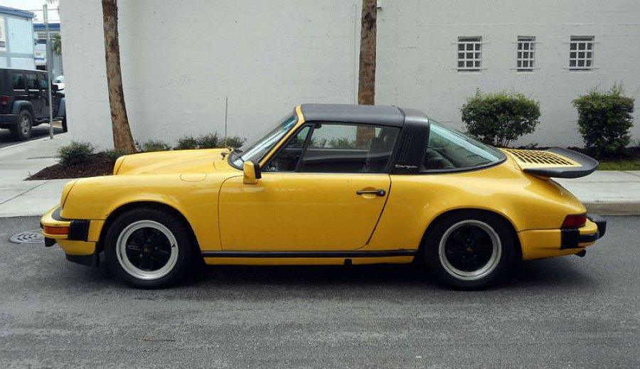 porsche 911 g sc 3 0 targa targa jaune occasion 34 785 95 516 km vente de voiture d. Black Bedroom Furniture Sets. Home Design Ideas