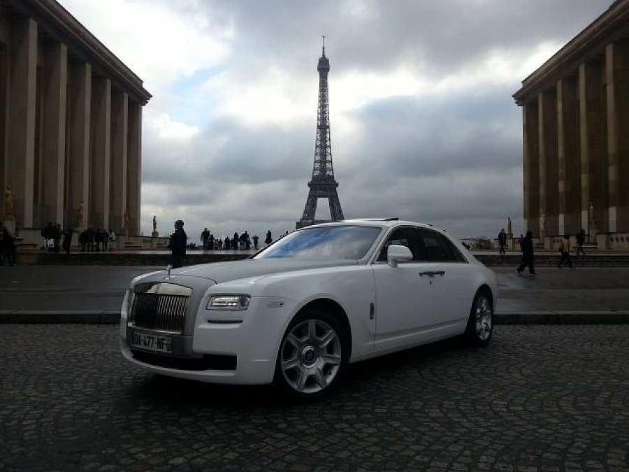 rolls royce ghost berline noir occasion 239 900 2 900 km vente de voiture d 39 occasion. Black Bedroom Furniture Sets. Home Design Ideas