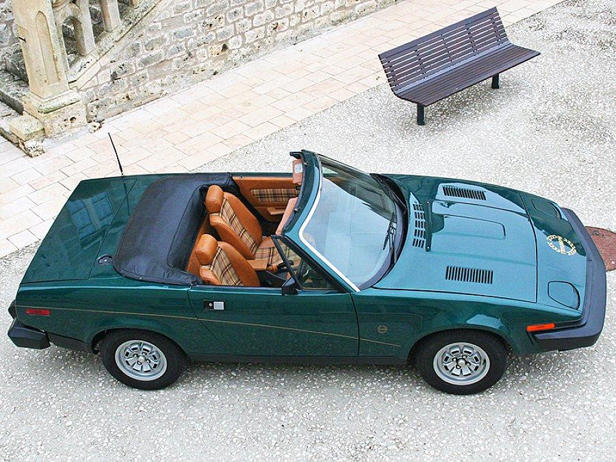 triumph tr7 2 0 105 ch cabriolet vert fonc occasion 9. Black Bedroom Furniture Sets. Home Design Ideas