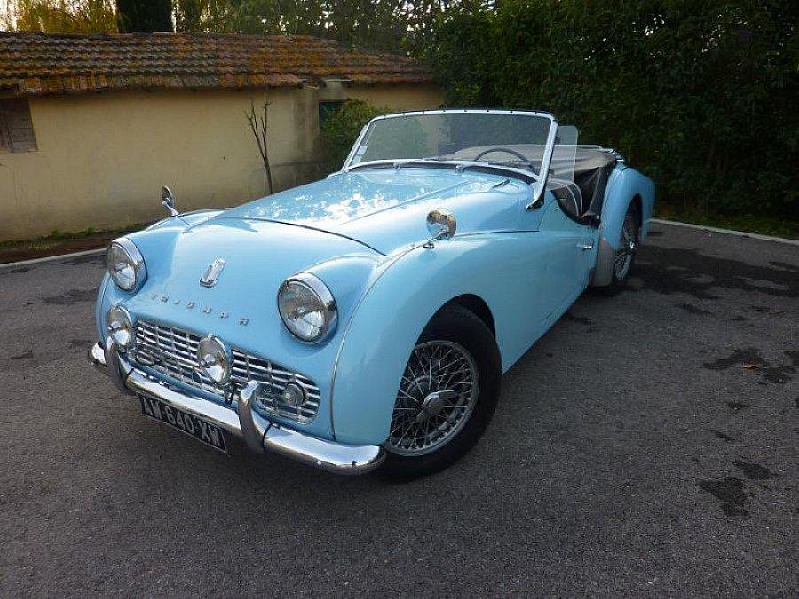 triumph tr3 a 2 0l 100ch cabriolet bleu clair occasion 36 000 54 000 km vente de voiture. Black Bedroom Furniture Sets. Home Design Ideas