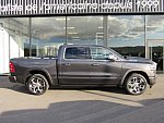 DODGE RAM V 1500 Limited AIR BOX pick-up occasion - 93 295 €, 200 km