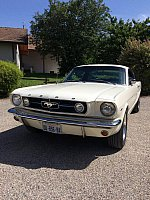 FORD MUSTANG I (1964-73) 4.7L V8 (289 ci) Pack luxe coupé Blanc occasion - 52 000 €, 15 000 km